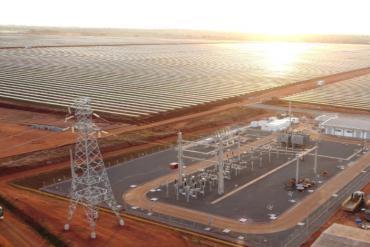 Động cơ điện Weg cho một nhà máy năng lượng mặt trời và điện gió ở Brazil