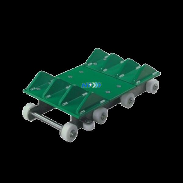 Slat conveyor chain for automotive industry